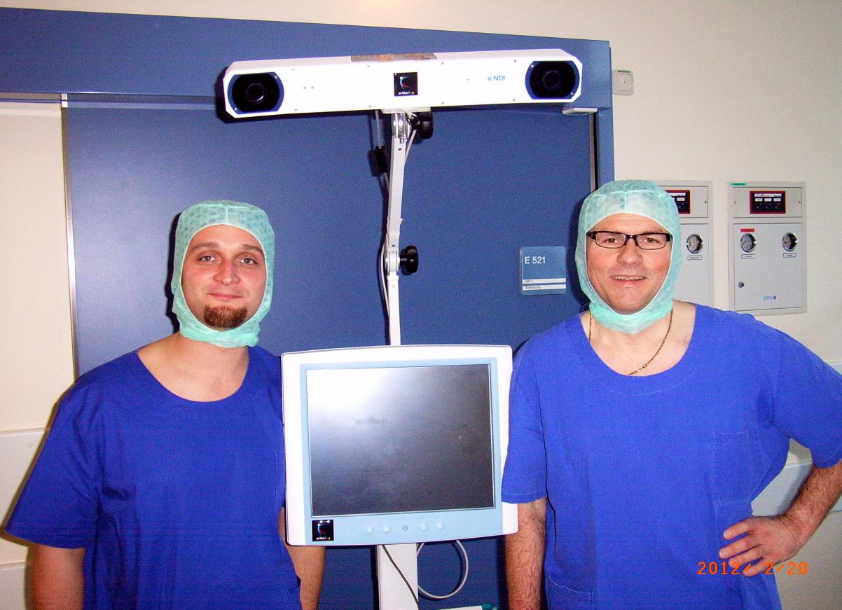 Knieendoprothese mit Navi von Dr. Sasse