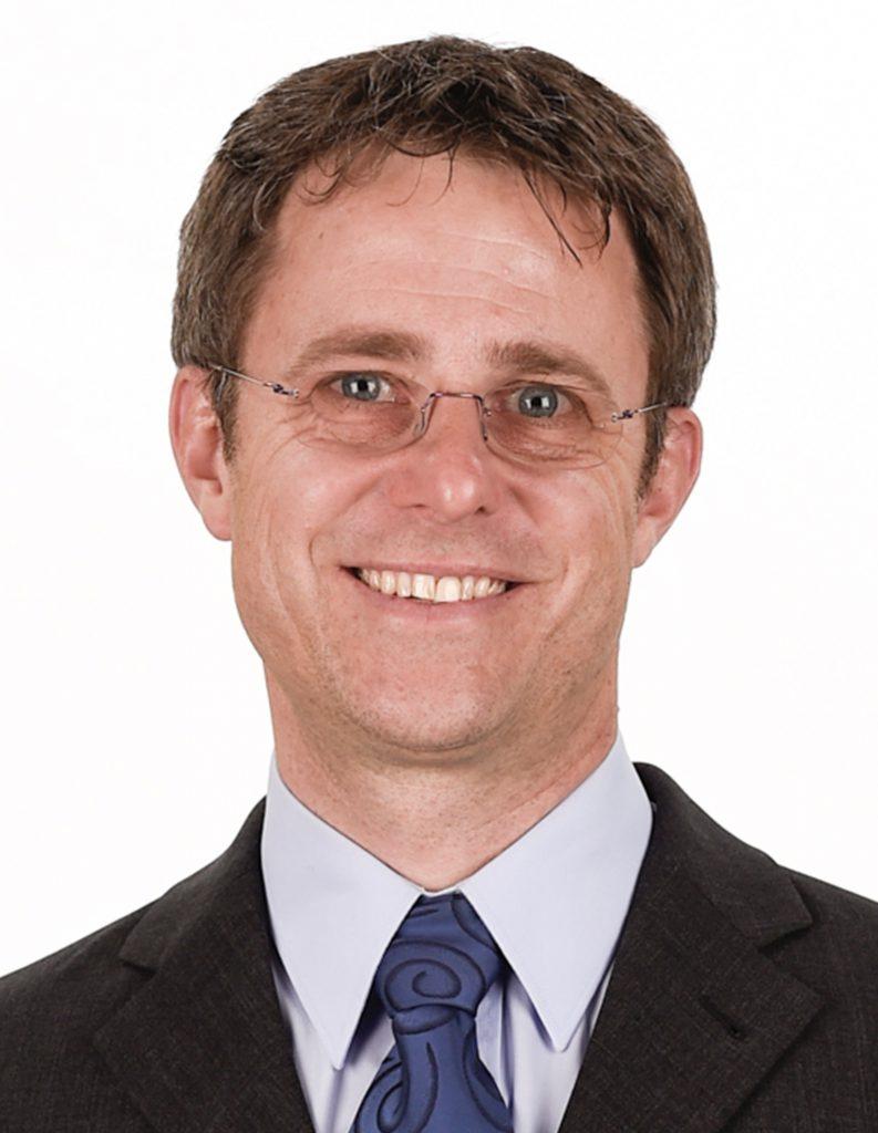 Dr. med. Adrian Schmid