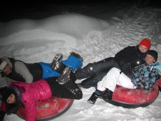 Snowtubing-Teams von KOMMEDICO