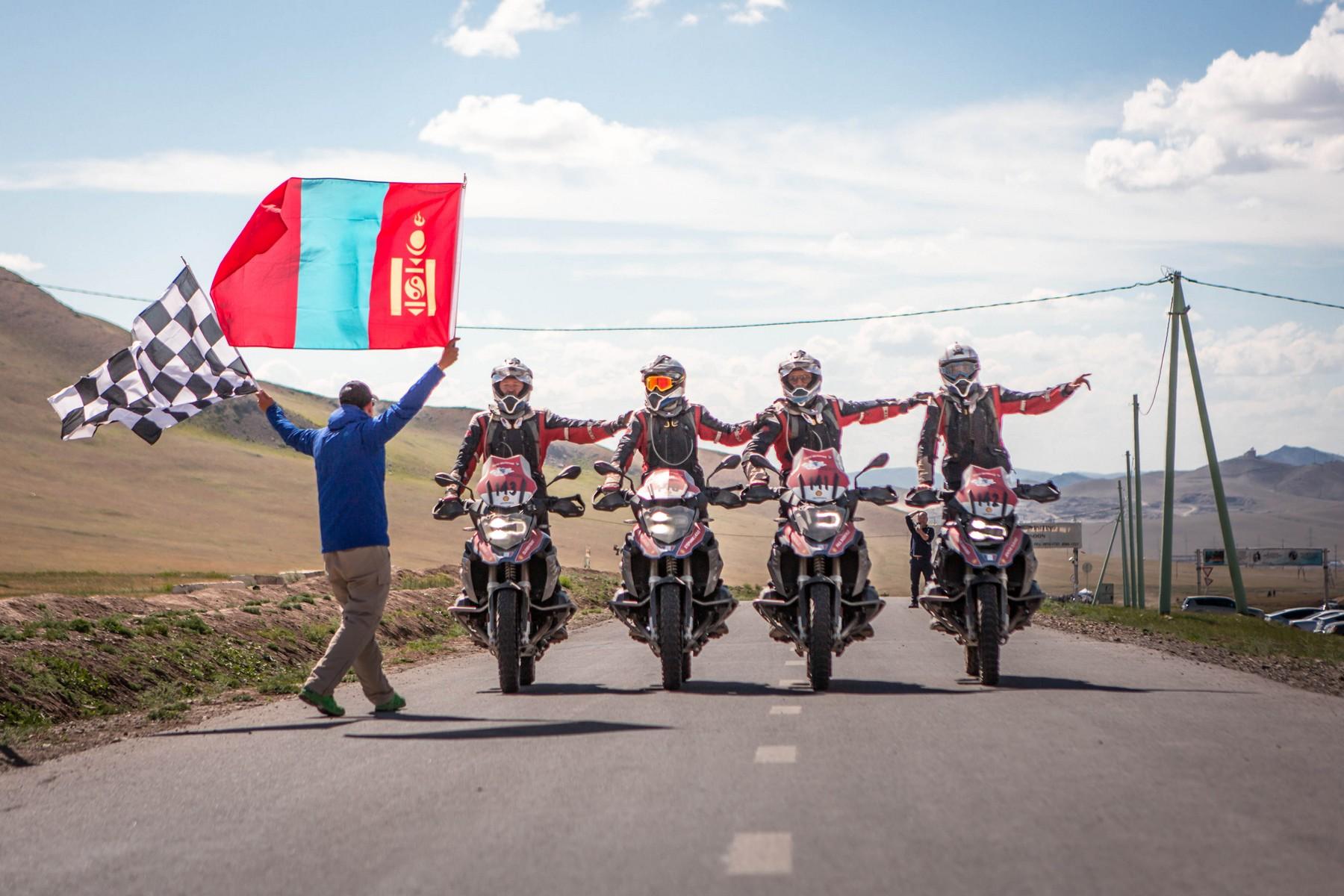 BMW Motorrad International GS Trophy Zentralasien 2018. Tag 8. Finale. Team Südafrika erneut siegreich!
